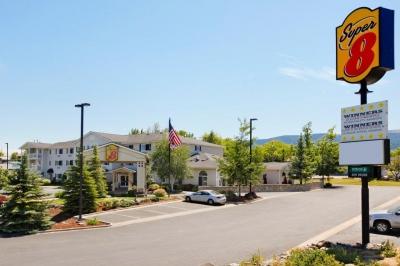 Super 8 Motel Grangeville ID Exterior